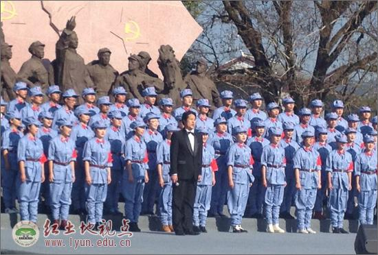 校合唱团参加 古田再出发 纪念古田会议85周年慰问演出